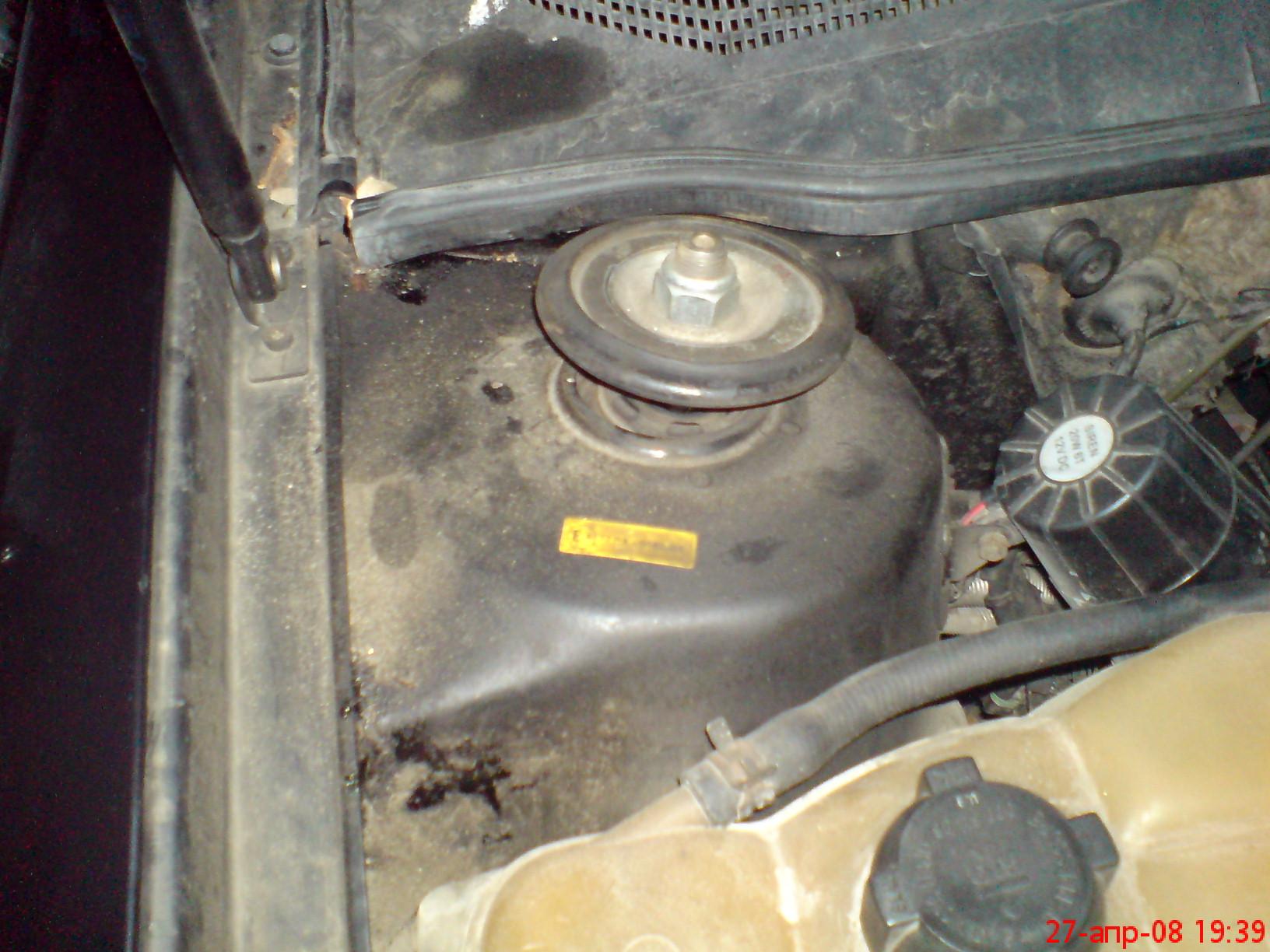 опорная резинка на стойку опель омега 1991