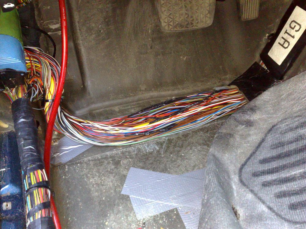 опель омега б стеклоподъемник не работают доводчики