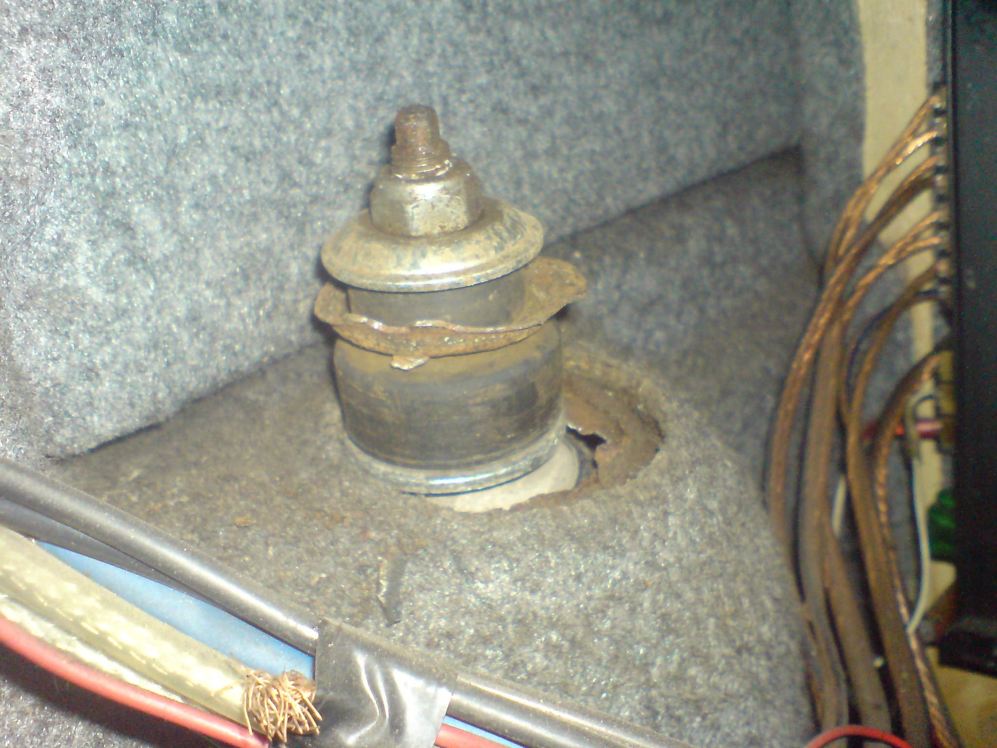 ремонт стакана заднего амортизатора опель омега б